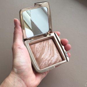 Hourglass Makeup - Hourglass Luminous Bronze Light Bronzer